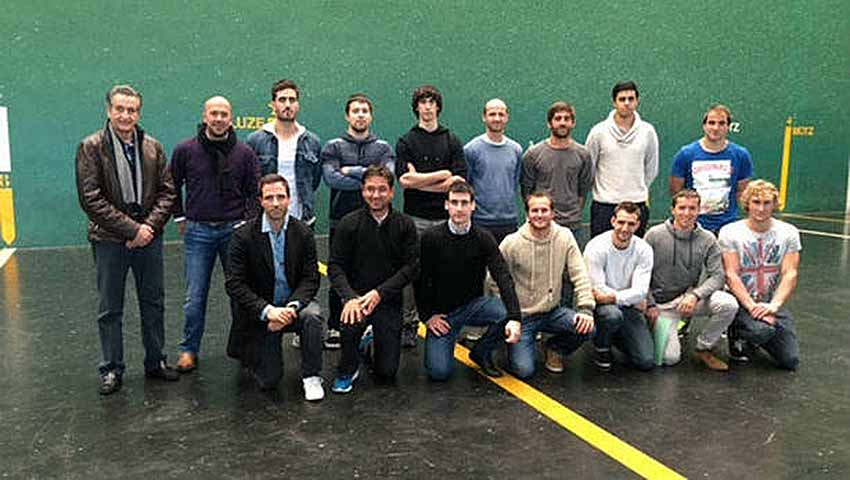 Basque Pilota Players to Mexico City
