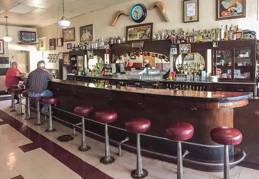 Noriega Hotel bar