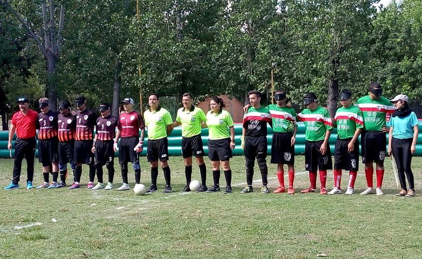 El equipo de Fútbol Ciegos del Euzko Etxea en el Torneo Nacional 2019. La fecha del 24 de noviembre fue organizada por la Euskal Etxea