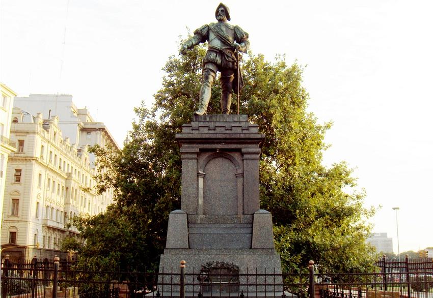 '11 de Junio de 1580' plaza
