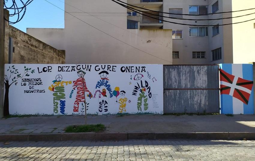 Mural vasco en Coronel Pringles