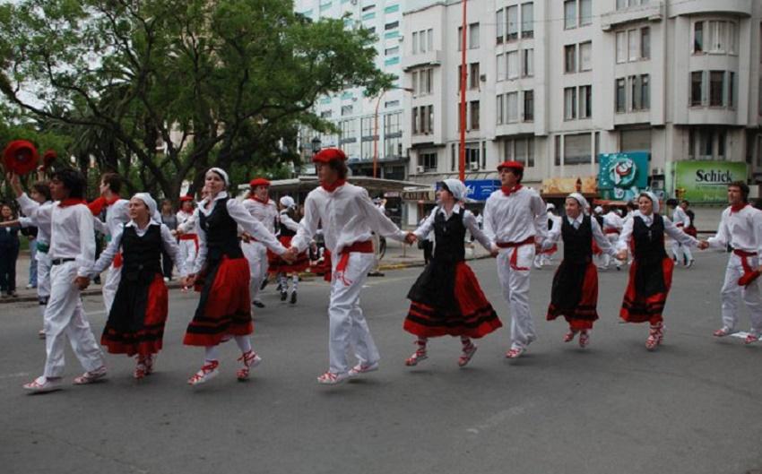 Cuerpo de Baile Beti Dantzari