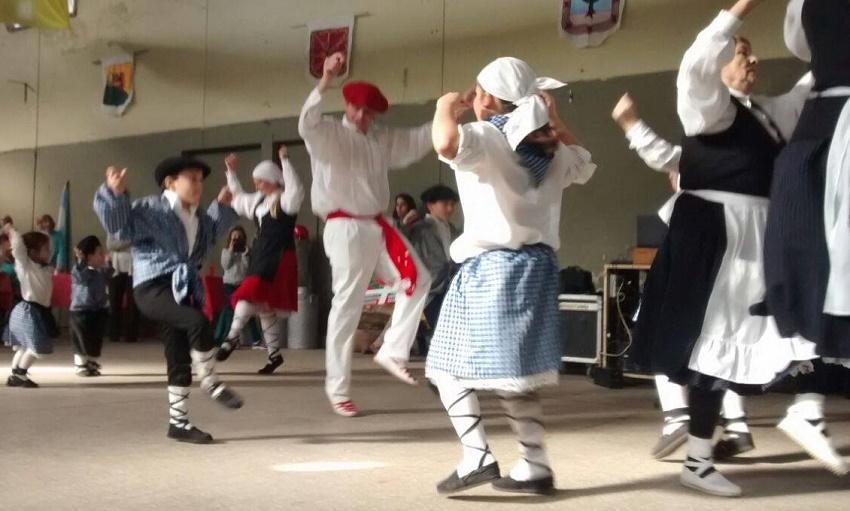 Indarra Dance Group