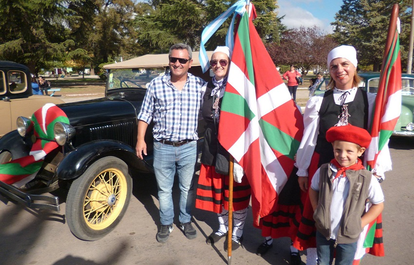 Basques at the Fair of Collectivities