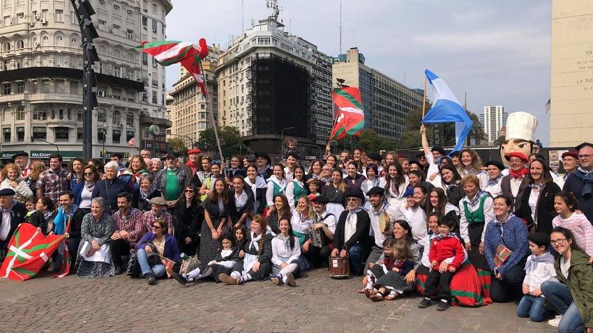 Laurak Bat de Buenos Aires
