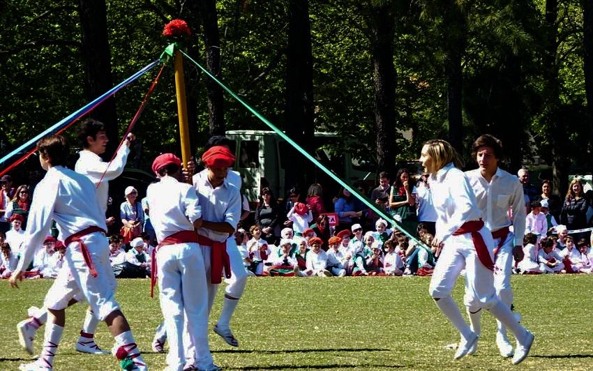 Fiesta Vasca de Llavallol,Trenzado-Doble de cortes