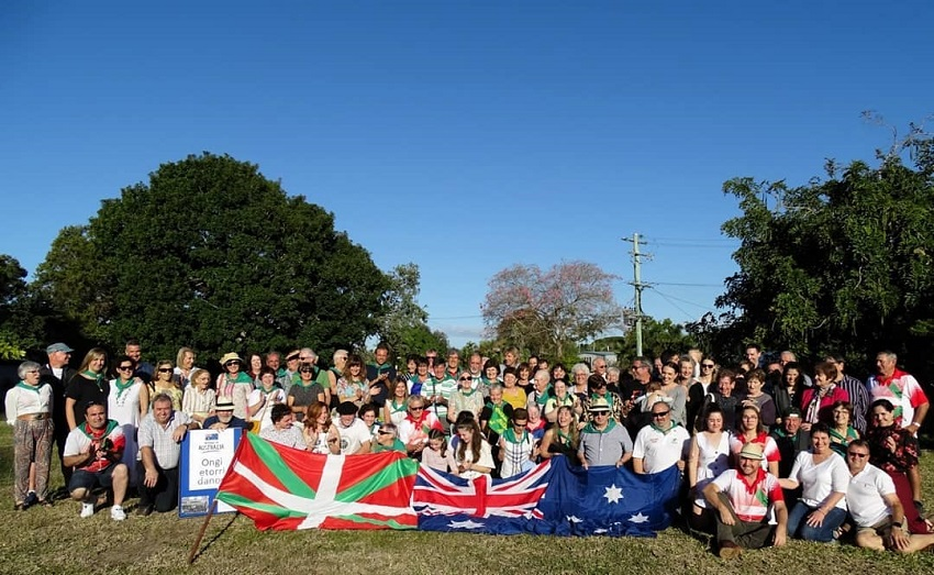 The group of Basques in Townsville, Australia with members of the local Basque club