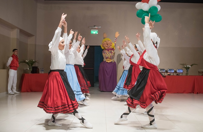 Basque dance in Asuncion