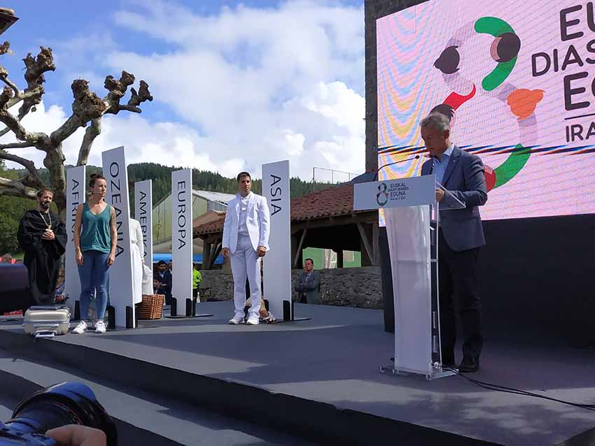 Basque president's talk and recognition