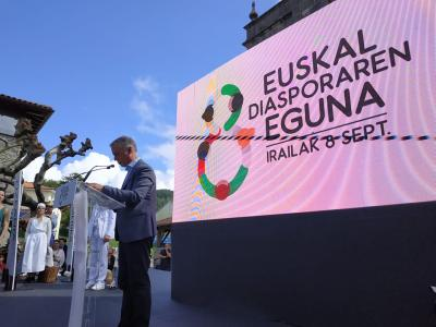 """Emigration: """"We were welcomed, and we must welcome,"""" Iñigo Urkullu stressed to those that gathered in Ispaster on the Day of the Basque Diaspora 2019"""