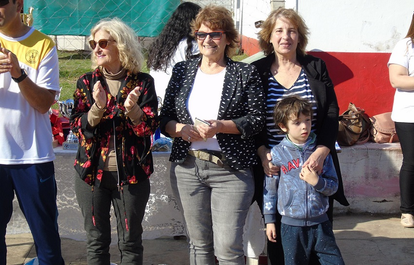Hijas de Julio Otegui