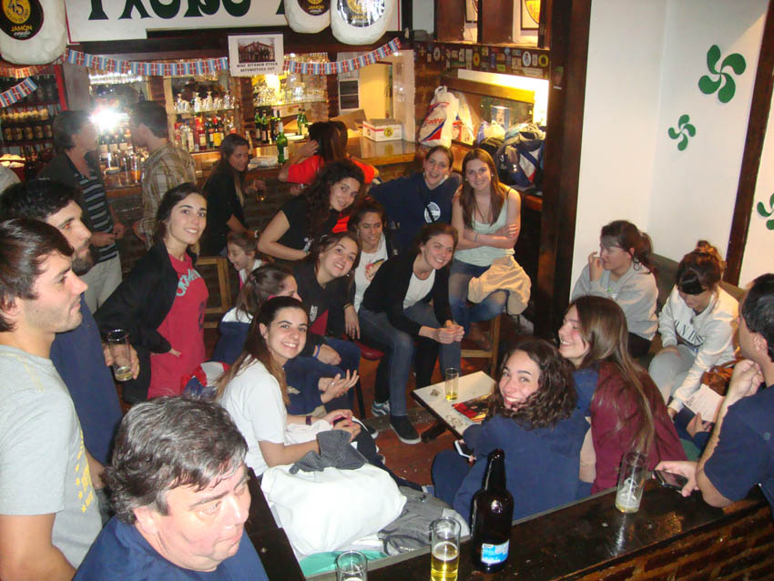 After the pelota games, right to the Basque Club's txoko