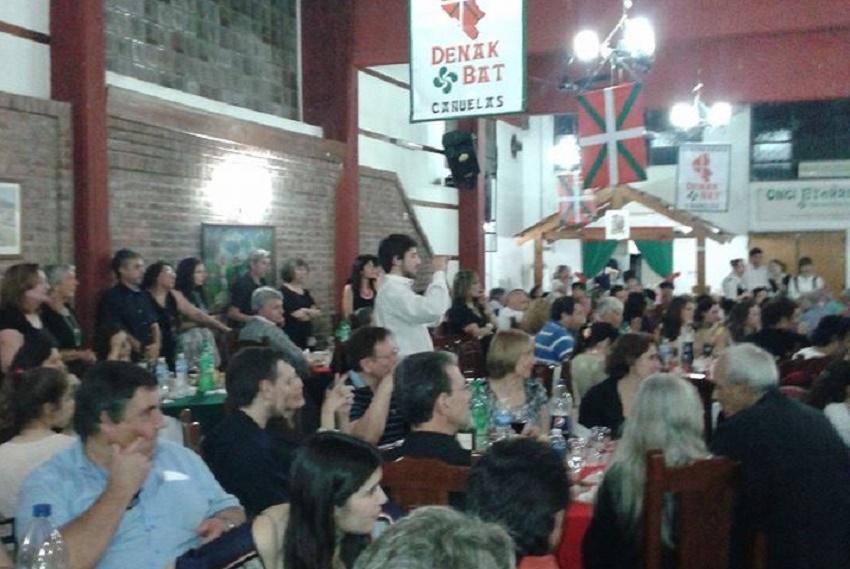 Festa jendetsua euskararen alde