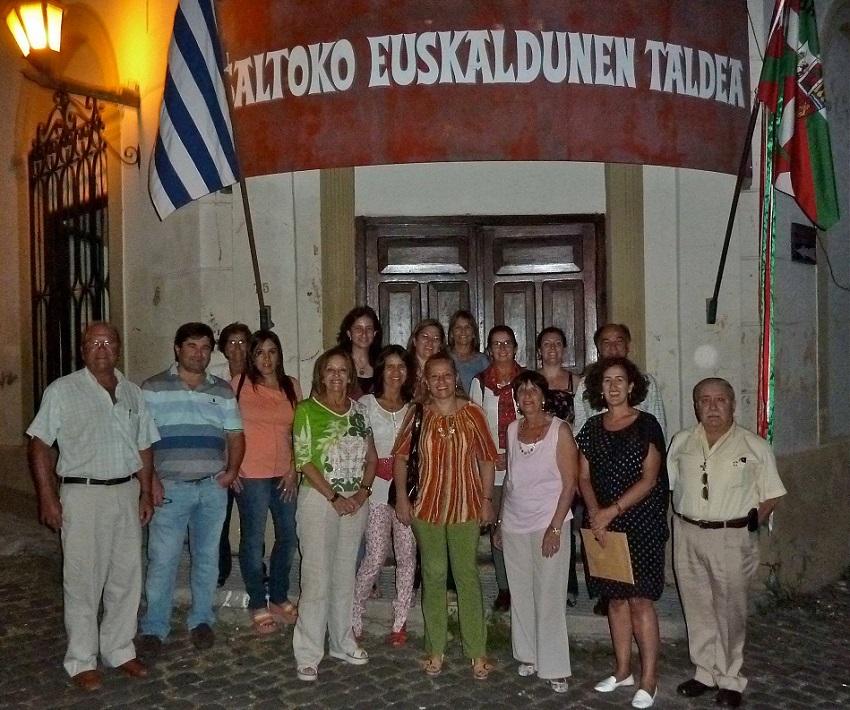 Uruguaiko lehenengo egonaldia: Salto