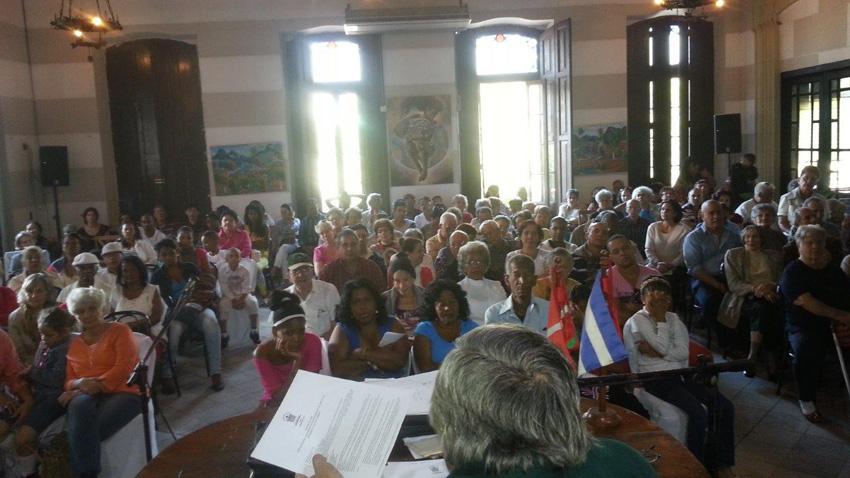 Aretoa jendez lepo egin zuen Habanako Euskal Etxeak 2014ko Batzar Orokorra (argazkia Habana EE)