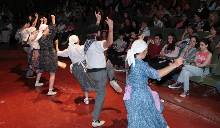 Folklore argentinarra ez ezik, Euskal Herrikoa ere jaiaren protagonista