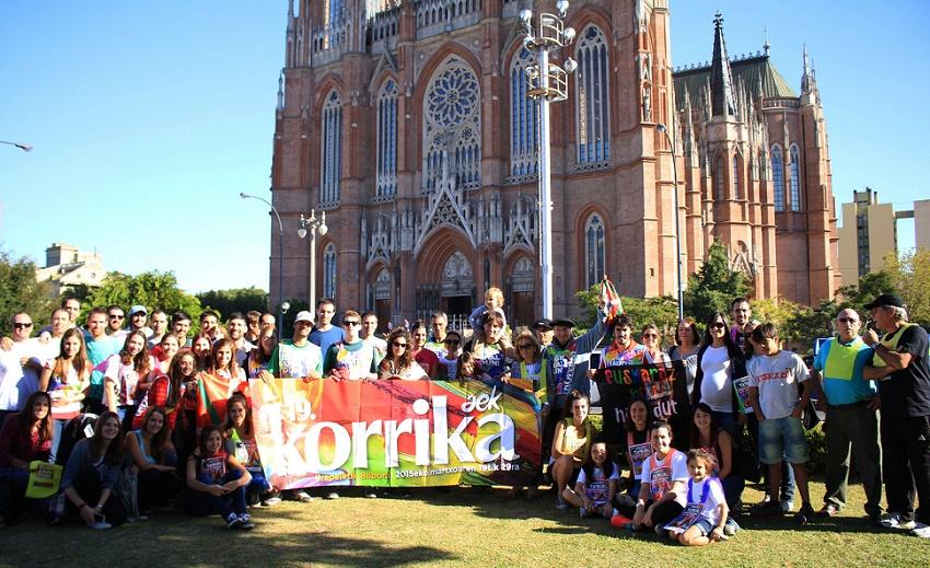 La Korrika también llegó a La Plata