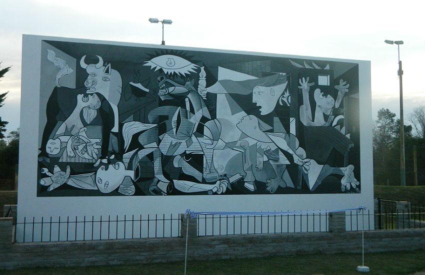 Picassoren Guernica Floridan