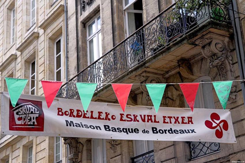 Bordeleko Euskal Etxea bestarako prest!