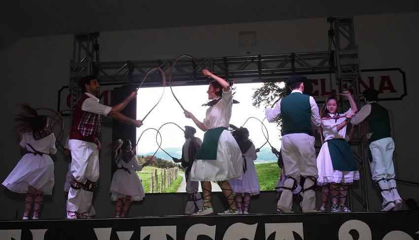 Second Semana Vasca for dantzaris from Euskaltzaleak