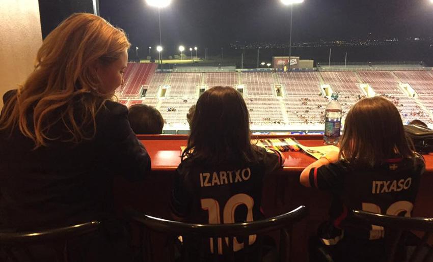 Jóvenes aficionadas del Eibar en Las Vegas