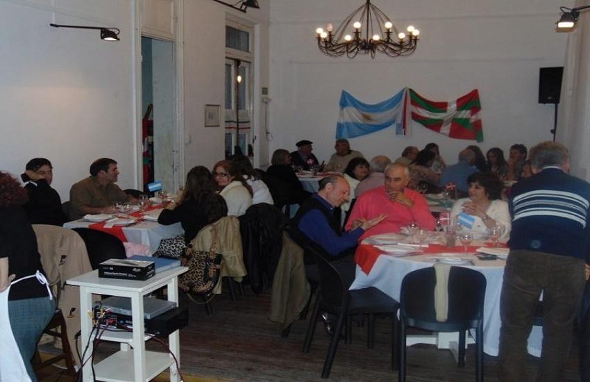Cena de San Fermín