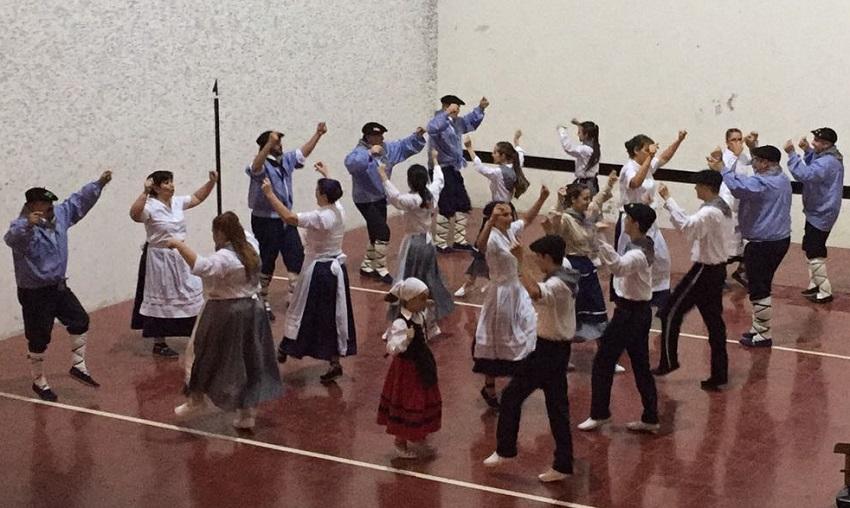 Dancing and Basque in Villa Maria...