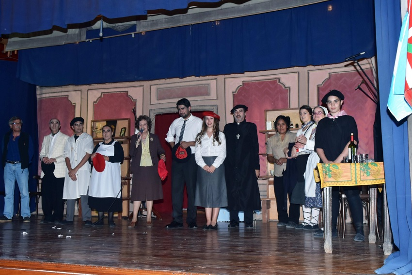 "Theater ""Women in Berrigorria"" in Viedma y Patagones"