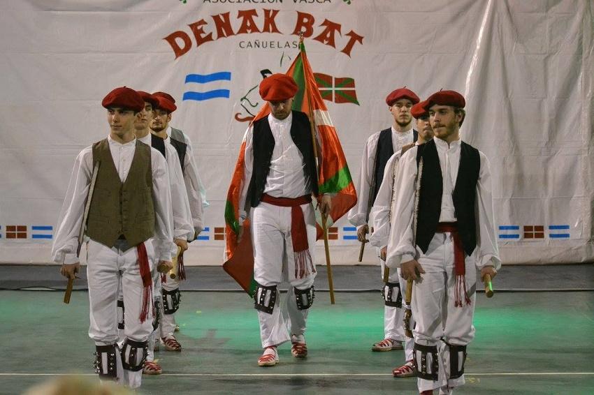 13 dance groups