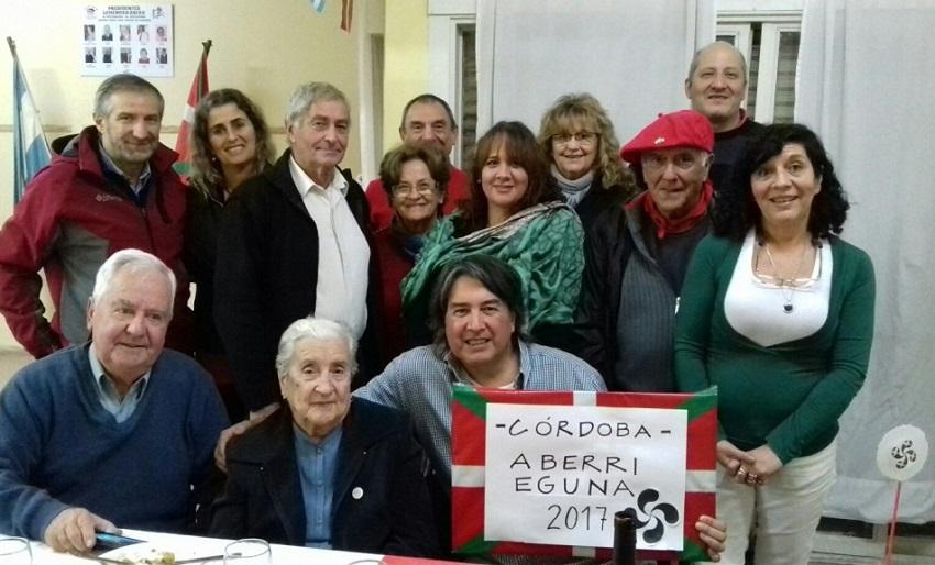 El Gure Txokoa cordobés recordó Gernika con una testigo del Bombardeo