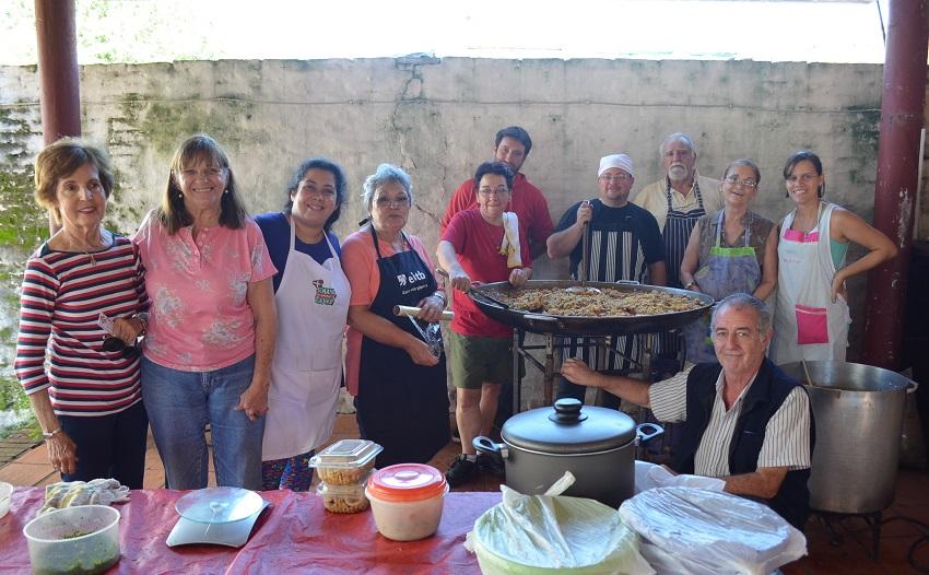 Paella 150 lagunentzat