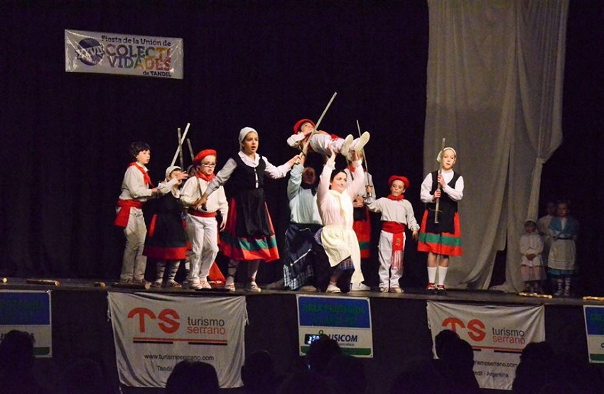 Basque dance in Tandil