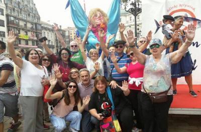 One of the groups that traveled to Euskal Herria with Mariana Dominé Irigoyen, of Arrecifes