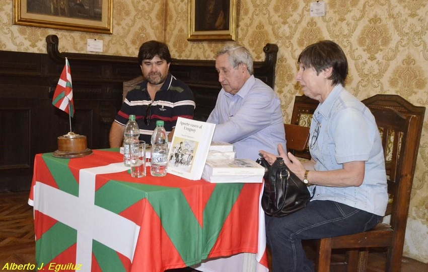 'Aporte Vasco al Uruguay' liburua