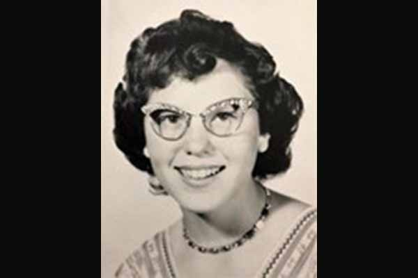 Linda Lee Cline Urrutia