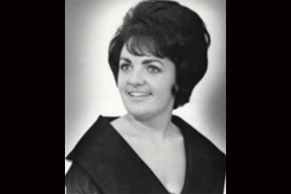 "Marilyn Dee Mentaberry ""Mernie"" Warn"