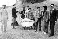 Momento real de la despedida de Larregui en Piedra Buena (foto Gora Vasco)