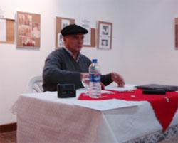 César Arrondo en la conferencia organizada el pasado sábado en Viedma (Pcia. Río Negro) por el Centro Vasco local 'Beti Aurrera Aberri Etxea'
