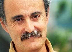 Juan Kruz Igerabide (Aduna, Gipuzkoa, 1956)  idazle eta poeta (argazkia ZaldiEro)