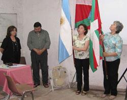 Raúl Taretto, junto a Carmen Itcea, en la ceremonia del pasado Día Internacional del Euskera