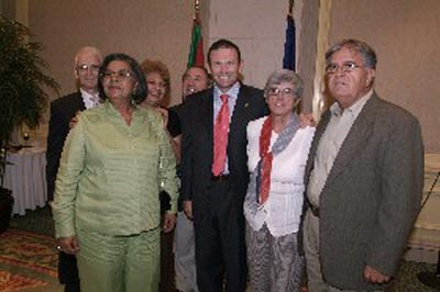 Members of the Puerto Rico Basque club with Basque president Ibarretxe