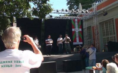 Exhibición de trikitixa durante la primera edición de las Fiestas Vascas, el año pasado (foto MadrilEE)