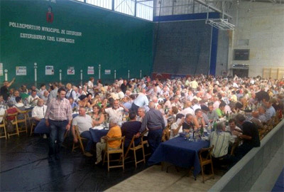 A moment at the meal held at Zubiri's sports center (photo F. Goñi)