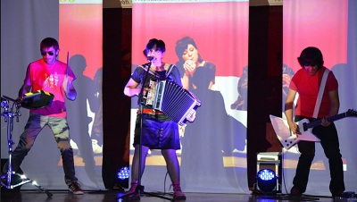 Gose performing at the San Francisco Basque Cultural Center last November with the help of cultural tour subsidies