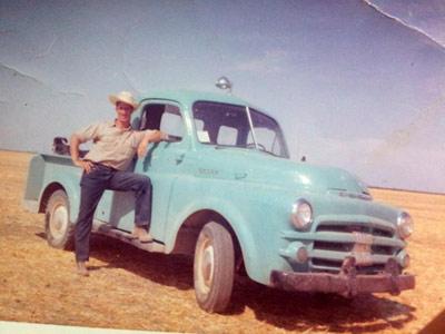 Imagen histórica de un pastor vasco en California, hace más de 50 años (foto FGoñi/Euskal Artzainak Ameriketan)