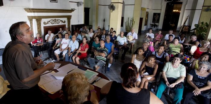 Una reunión anterior de la Asociación Vasco Navarra de Beneficencia de La Habana, fundada el 17 de junio de 1877 (argazkia Jose Goitia)