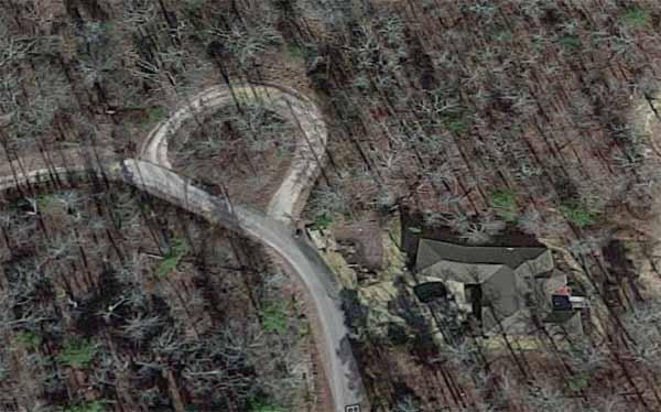 Biarritz Circle, Hot Springs Village, AR (Google Earth)