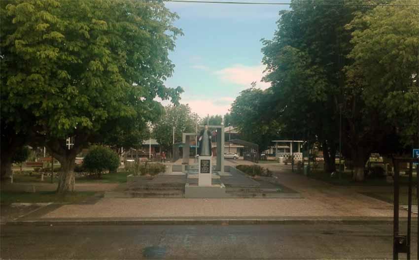 Gorbea hiriko Plaza (arg. Arnoldo González)