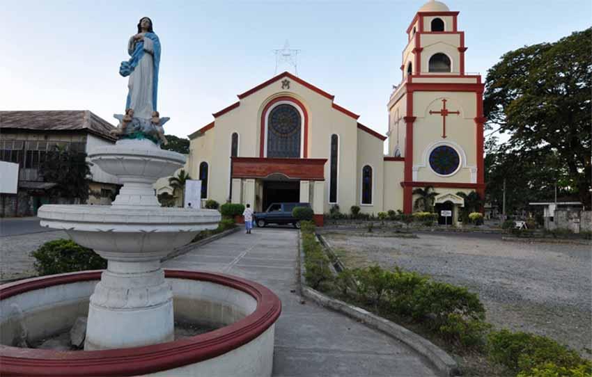 Urdaneta hiriko Katedrala, Luzon irlan (Google Maps)