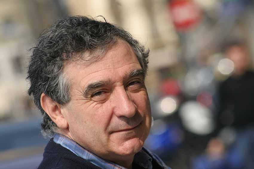 Jon Kortazar literatura irakasle eta kritikaria Chicagoko Unibertsitateko Koldo Mitxelena Katedrako irakasle izan zen iaz